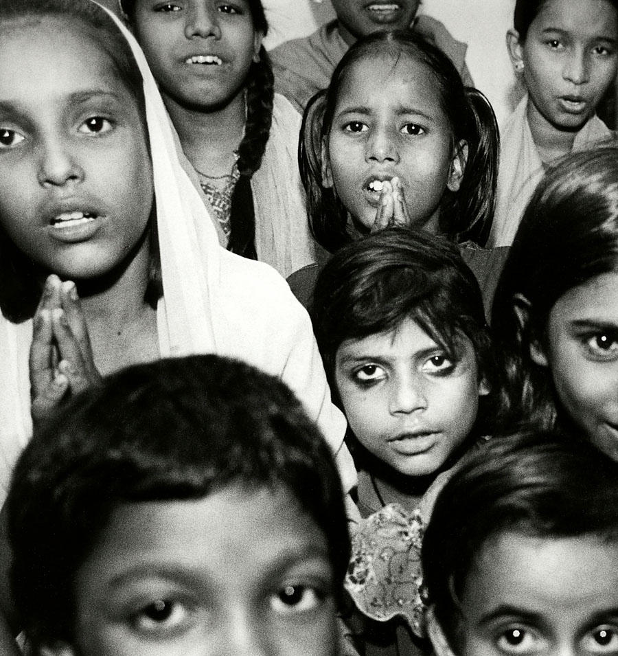 India poverty UNICEF classroom by Michael Sofronski Photography