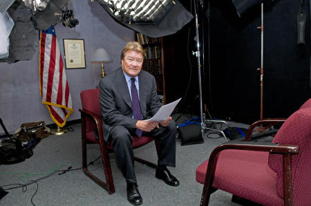 60 Minutes correspondent Steve Krof by Michael Sofronski Photography